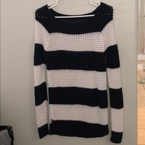 """""""Jegging"""" sweater - American Eagle"""